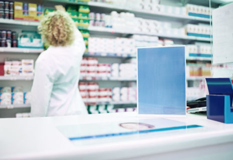 pharma marketing with VR screen